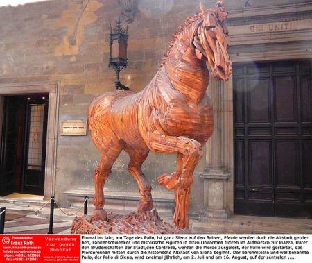 Den Helden des Palio ein Denkmal (Foto: Stephan Marschall)
